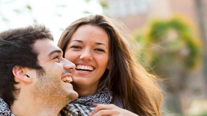كيف اجذب زوجي مجدداً بعد سنوات الزواج الطويلة