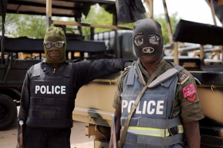السائق فقد السيطرة... مقتل 19 شخصاً خلال عودتهم من حفل زفاف في نيجيريا