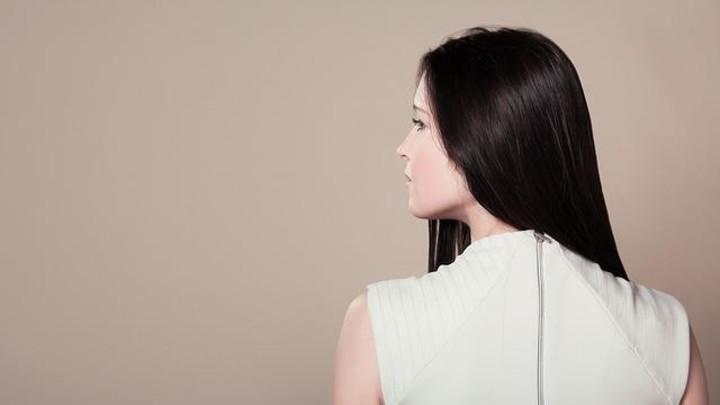 وصفات مذهلة من صنع يديك لإصلاح وتنعيم الشعر