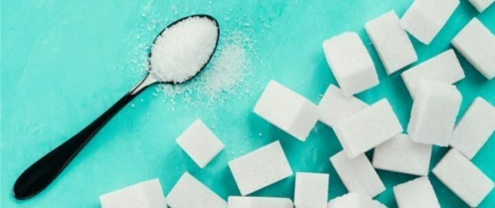 6 علامات تدل على خطر زيادة السكر في جسدك