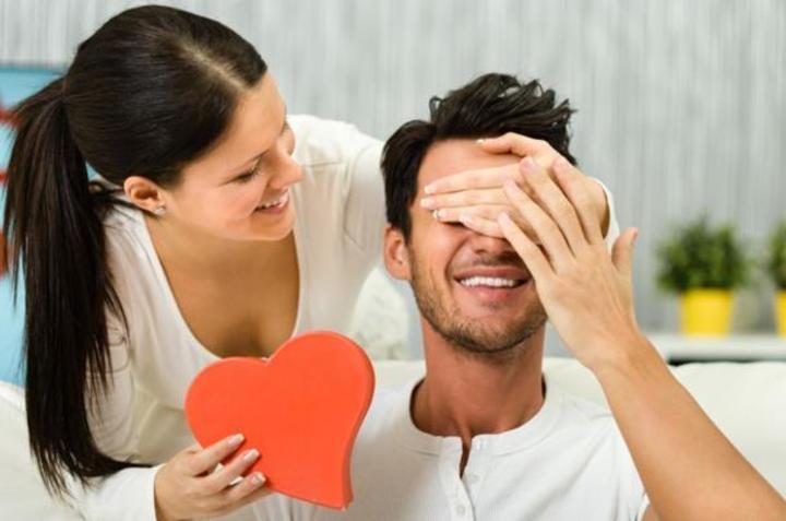 كيف تستعدي ليوم الفالنتاين لتبهري زوجك؟