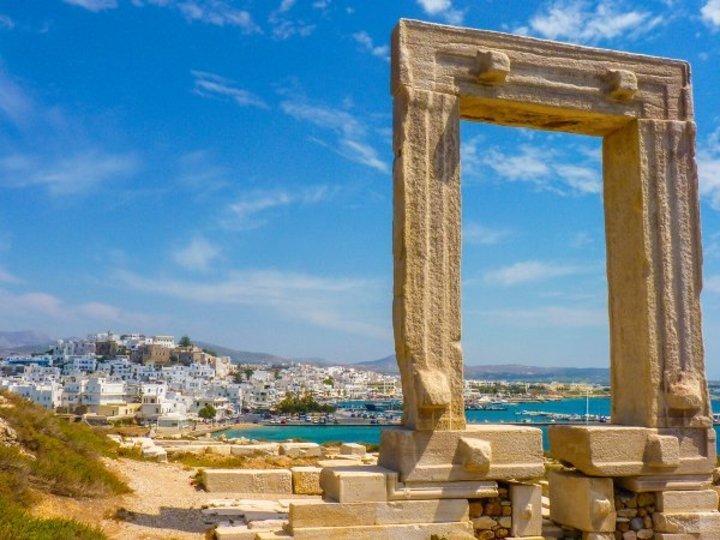 السياحة في اليونان: زيارة إلى ناكسوس في يوليو