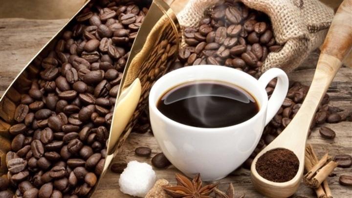 مفاجأة.. علاقة صادمة بين شرب القهوة وإنقاص الوزن
