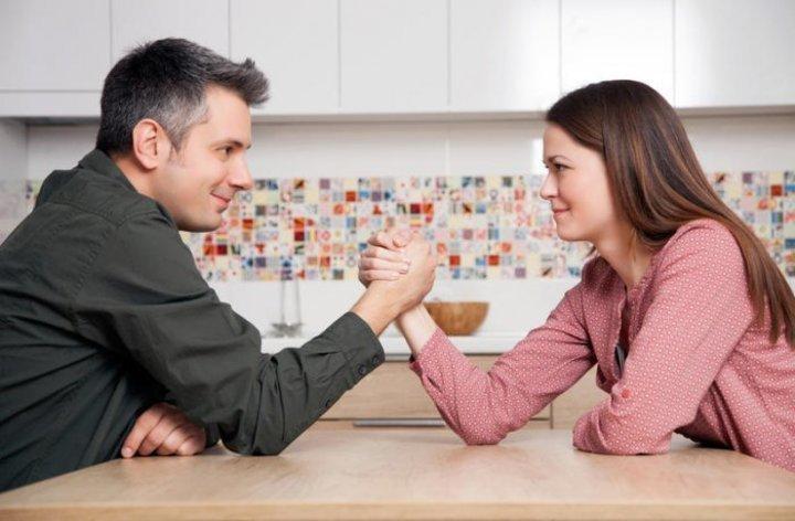 أسباب رفض الرجل الزواج من المرأة القوية