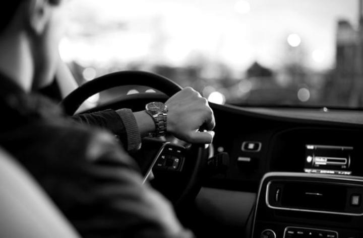 ما تفسير الحلم باختبار القيادة ؟