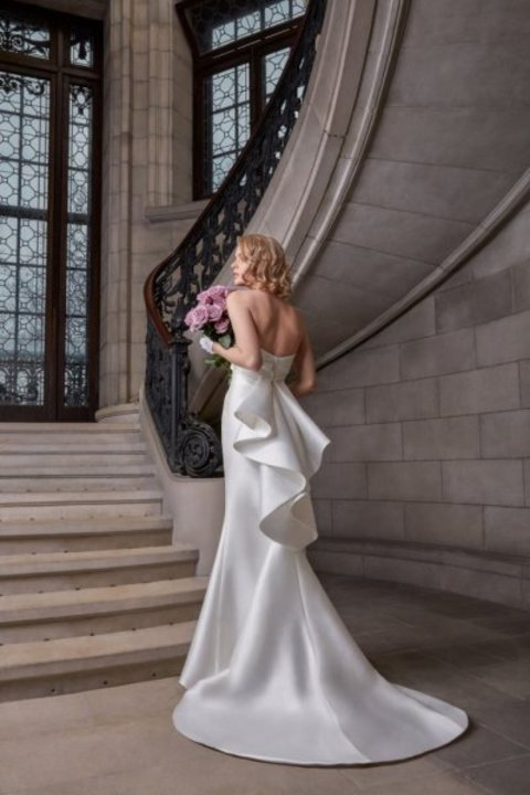 فساتين زفاف ناعمة من Sareh Nouri في اسبوع الموضة العرائسي