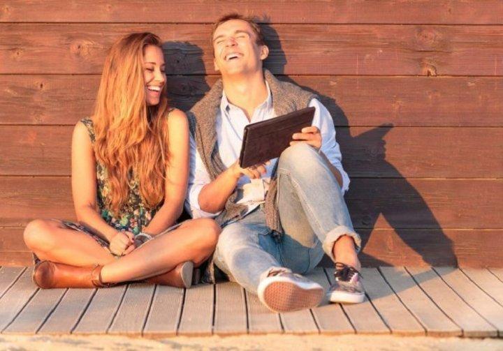 8 صفات يحبها الرجل في المراة قبل الزواج