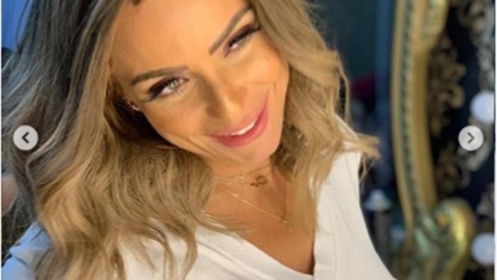 بـ ضحكة رقيقة وماكياج ناعم.. ريم البارودي تبهر متابعيها بإطلالة كاجول جذابة