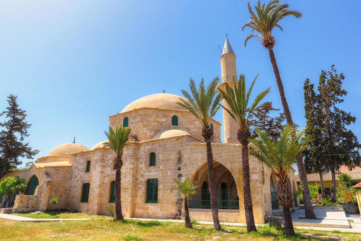 السياحة في قبرص في نهاية الصيف