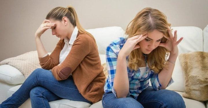 كيف يمكنك التقرّب من ابنتك المراهقة؟