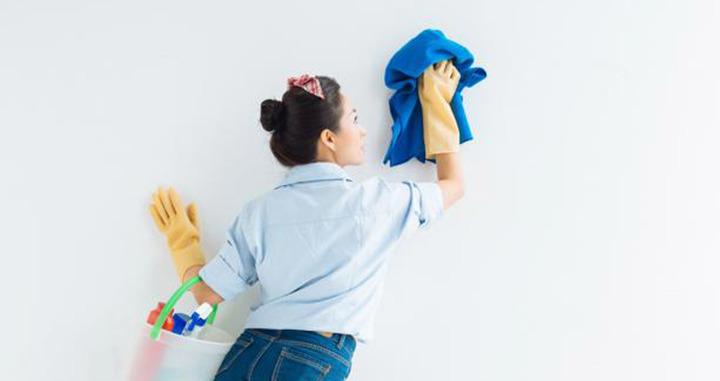 كيفية تنظيف الحوائط دون افساد الدهانات