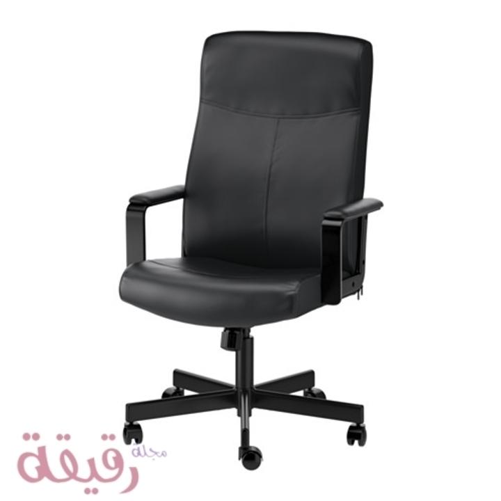 8 أسباب تدفعك إلي التفكير في شراء كرسي مكتب دوار