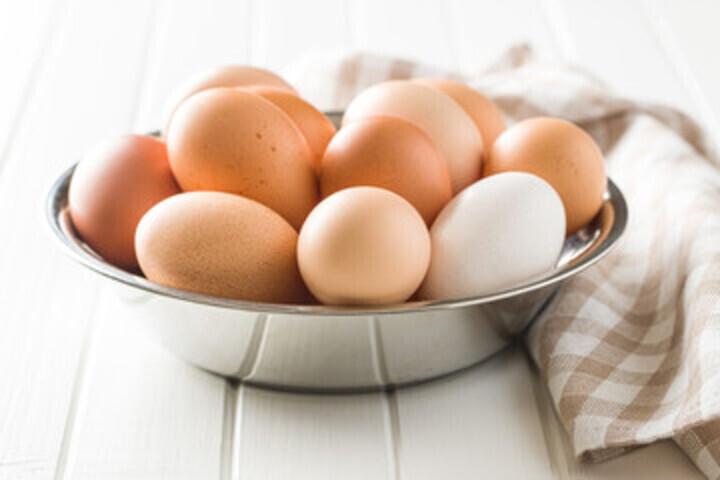 إليك الطريقة لمعرفة ما إذا كان البيض صالحاً أو فاسداً !