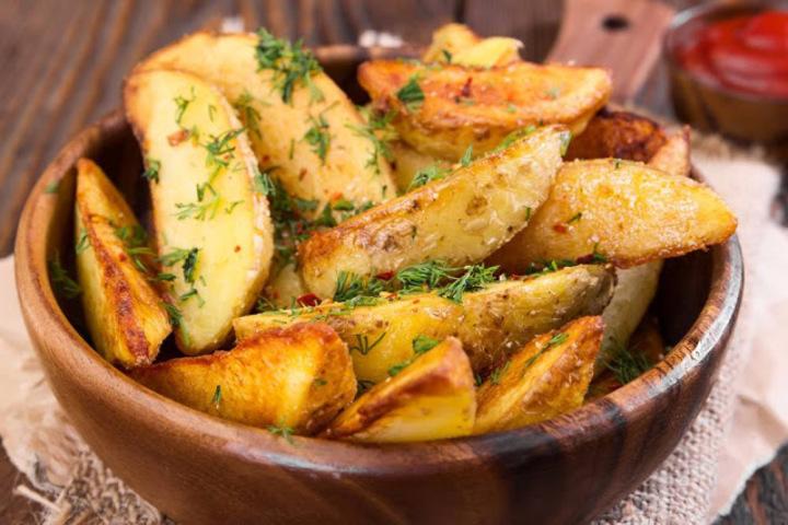 البطاطس بالأعشاب