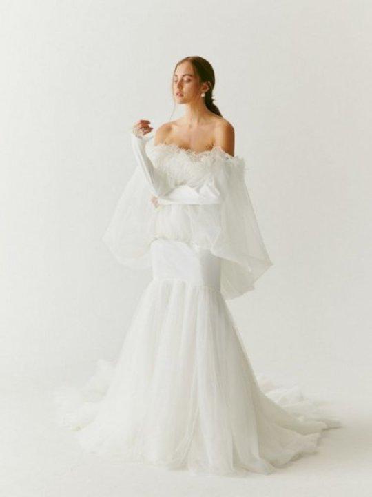 موديلات فساتين زفاف للعروس الجريئة من اسبوع الموضة العرائسي