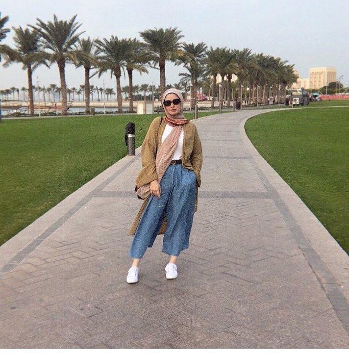 الكارديغان الطويل قطعة لا تتخلى عنها مدوّنات الموضة المحجبات