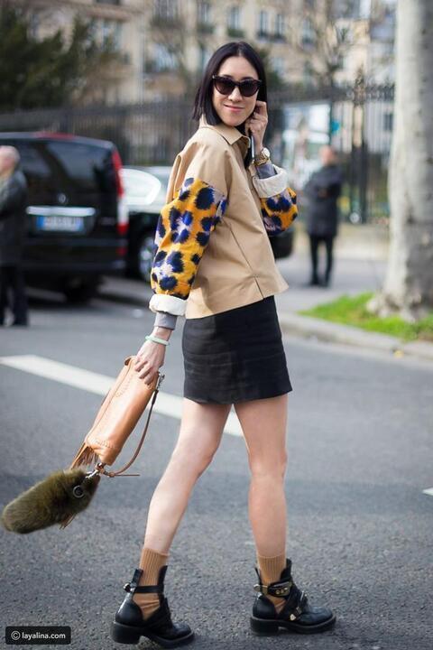 غيري مظهرك تماماً : بإضافة الجوارب إلى أحذية الكاحل