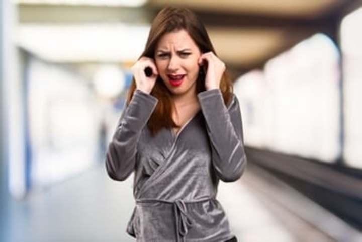 علاج ألم الأذن من الطبيعة لن تتوقعيه