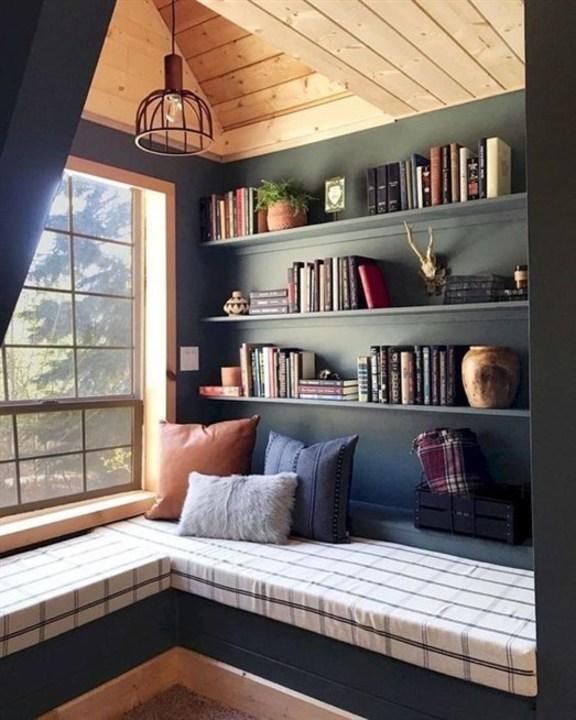 لهواة المطالعة وعشاق الكتب... إليكم أجمل ديكورات مكتبات حائط!
