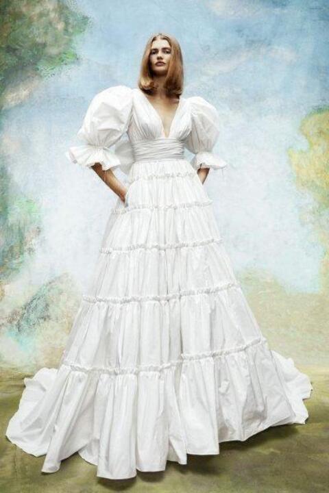 موديلات فساتين زفاف لكل عرائس خريف 2020