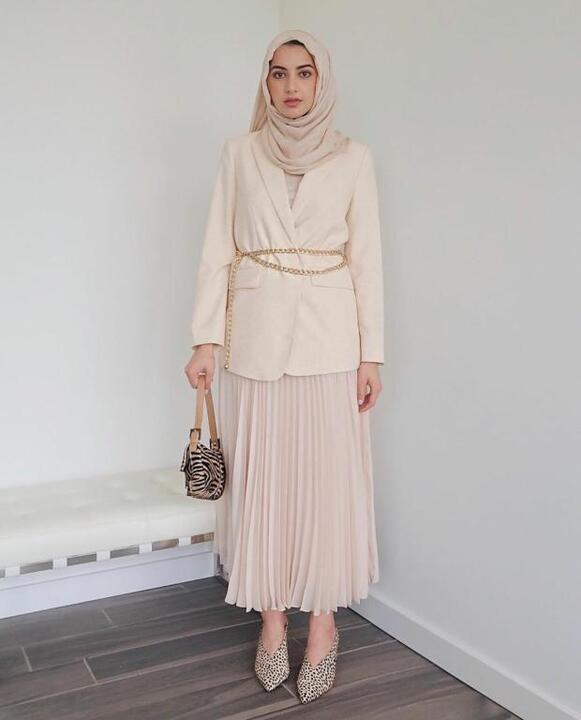ملابس محجبات للقصيرات على غرار الفاشينيستا سمر البرشا