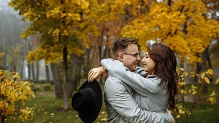 نوفمبر/ تشرين الثاني يحمل الرومانسية والحب لهذه الأبراج