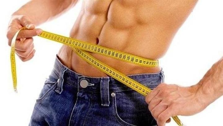 كوب من هذا الخليط على الريق يساهم في تسريع حرق الدهون
