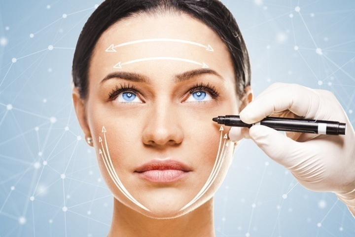 عمليات التجميل تشويه أم تجميل؟