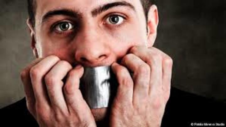 التلعثم في الكلام عند الكبار : كيف تعالج مشكلة التلعثم ؟