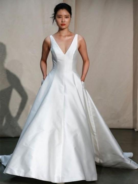 موديلات فساتين زفاف بجيوب 2020
