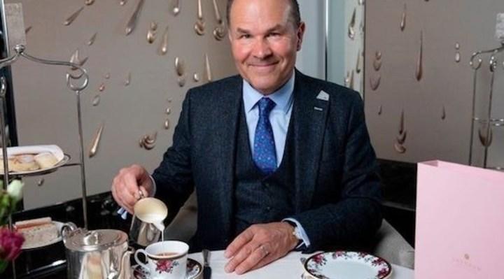 الطريقة في تحريك الشاي تجعل مذاقه أفضل