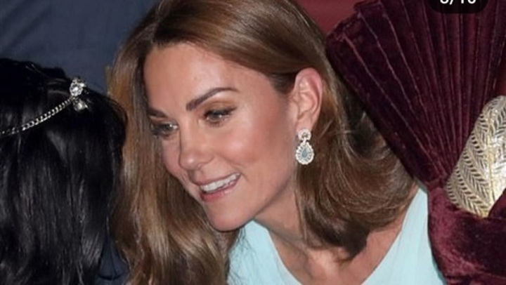بـ فستان بيبي بلو.. كيت ميدلتون بإطلالة مثالية في باكستان