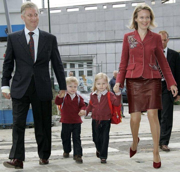 بإنتظار أول يوم للأميرة شارلوت... شاهدي معنا إطلالات العائلة الملكية بزيّ المدرسة