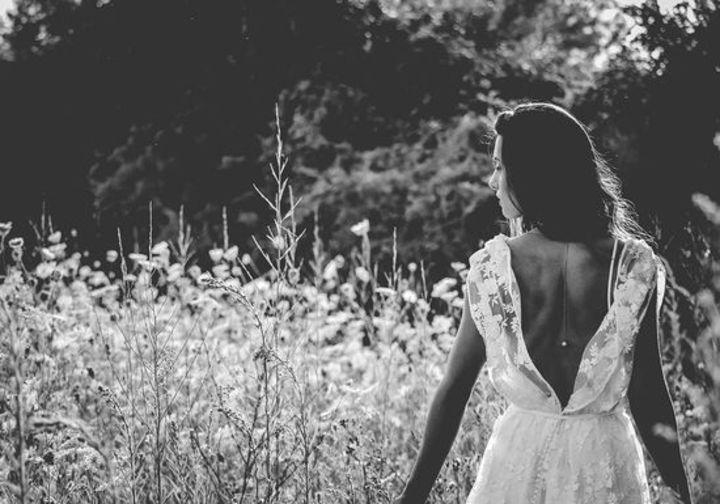 ياسمينة تلتقي مالكة موقع Dress Come True الخاص بالعروس