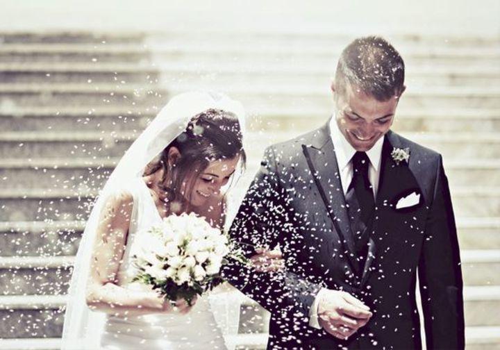 دراسة تؤكد أن السعادة تبدأ بعد 20 سنة من الزواج