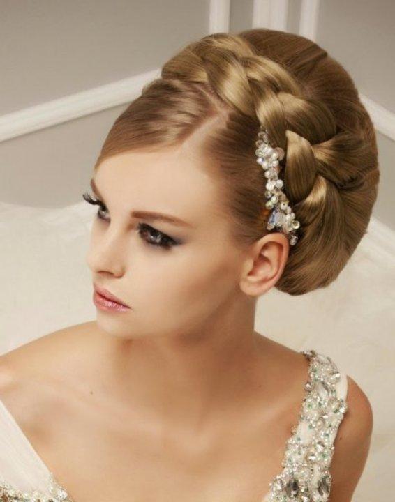 ماسكات طبيعية لتكثيف الشعر الخفيف قبل الزفاف
