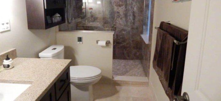 7 نصائح لاستغلال كل ركن في الحمام ضيق المساحة
