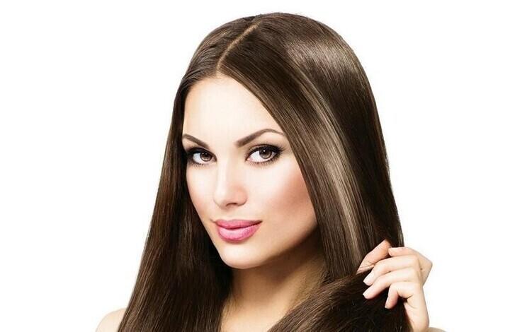 بلسم طبيعي من صنع يديك لتنعيم الشعر