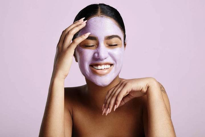إليك أفضل أقنعة الوجه وفقاً لاحتياجات بشرتك