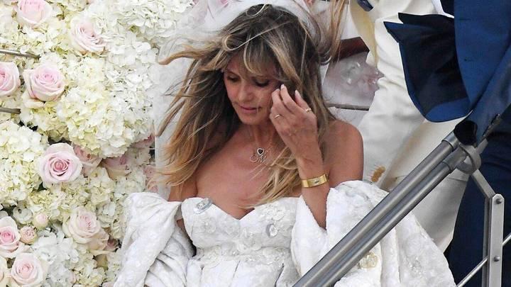 للمرة الثانية لهذا العام... هايدي كلوم تتزوج من توم كوليتز في إيطاليا على متن يخت فاخر