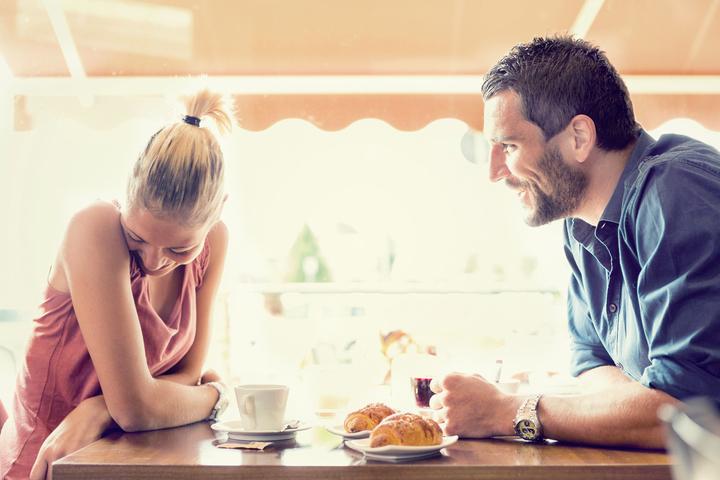 كيف تتجنّبين مشاكل ما قبل الزواج مع شريكِك؟