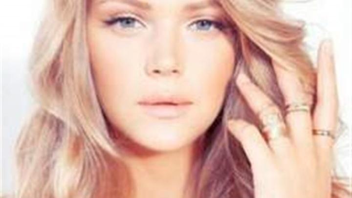 5 طرق مذهلة لتلوين الشعر.. تغنيك عن الكيماويات وأضرارها