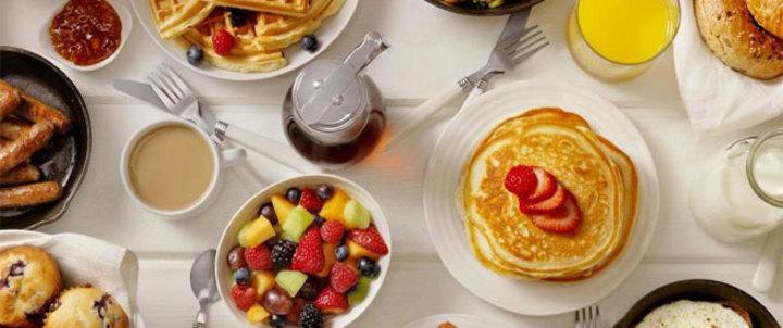 أطعمة لا يجب تناولها في وجبة الإفطار