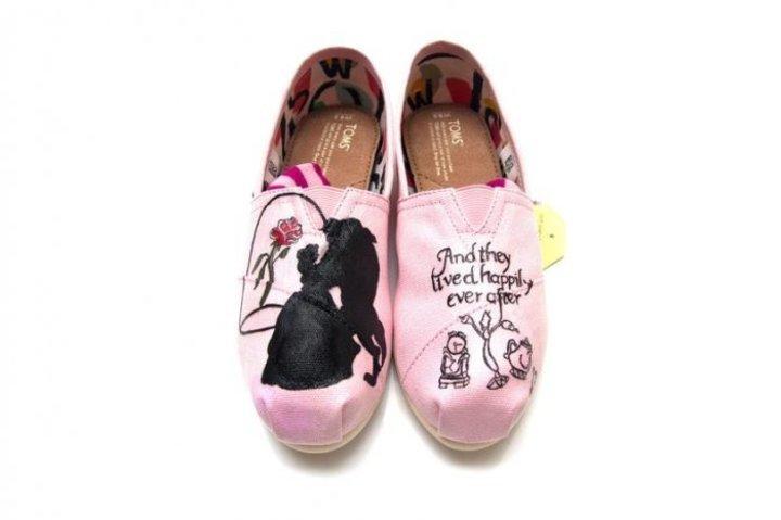 أفضل انواع الأحذية المناسبة للعروس في شهر العسل