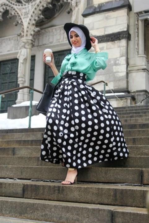الملابس المنقطّة تناسب اطلالتك مع الحجاب