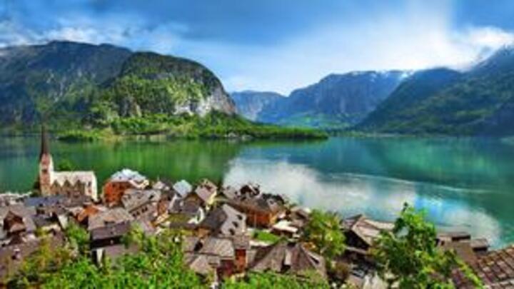 لعشاق تسلق الجليد: حان وقت السفر إلى النمسا