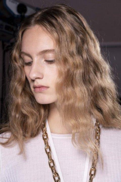 تسريحات شعر طبيعية لإطلالتك في عيد الاضحى 2019
