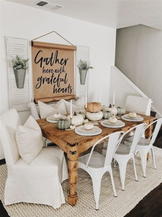 بالصور... ديكورات مميّزة لجدران غرفة الطعام!