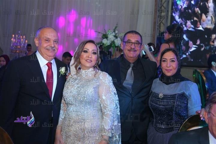 تامر حسني وأحمد عصام يشعلان حفل زفاف شهد إسماعيل وعمرو أحمد.. صور