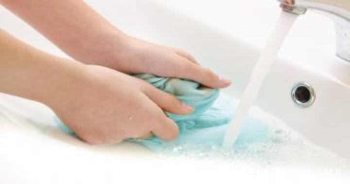 6 منتجات أساسية لإزالة أي بقعة في المنزل | سوبر ماما